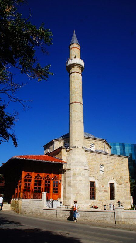 jashar pasha mosque prishtina